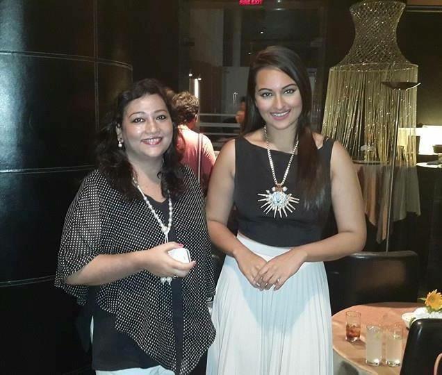Sonakshi Sinha  (Flim Actress)